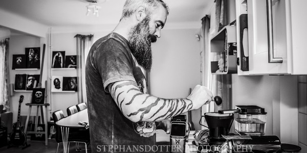 Bjorn Gelotte of in Flames  making coffee at home