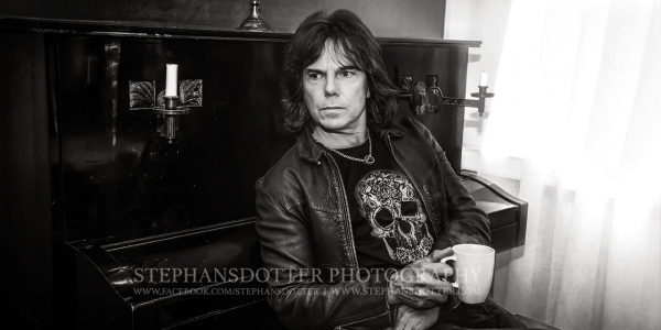 Joey Tempest, Europe enjoying a coffee at Warner Music